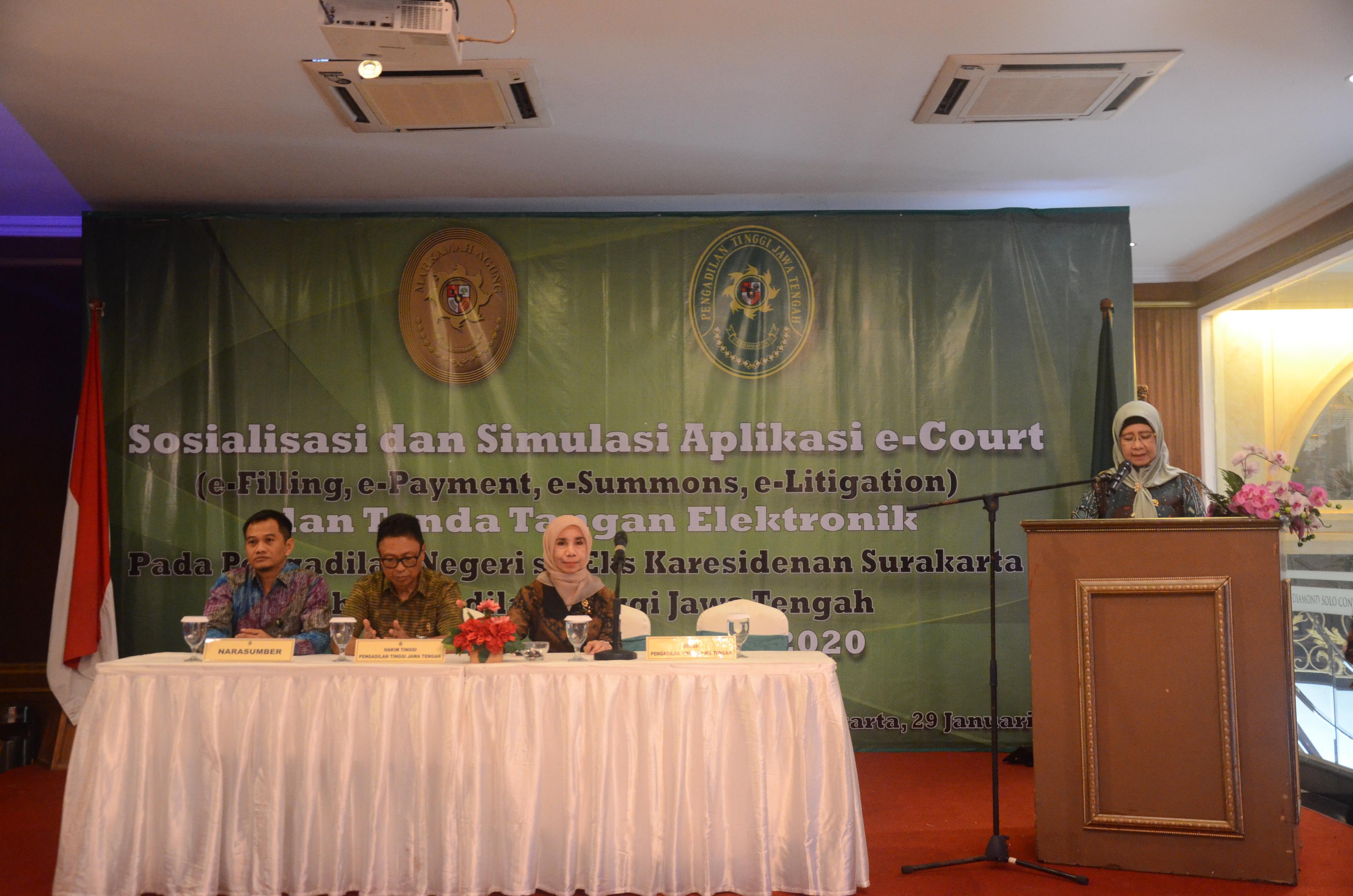 Sosialisasi dan Simulasi Aplikasi e-Court (e-Filling, e-Payment, e-Summons, e-Litigation) dan Tandatangan Elektronik Pada Pengadilan Negeri Se-Eks Karesidenan Surakarta