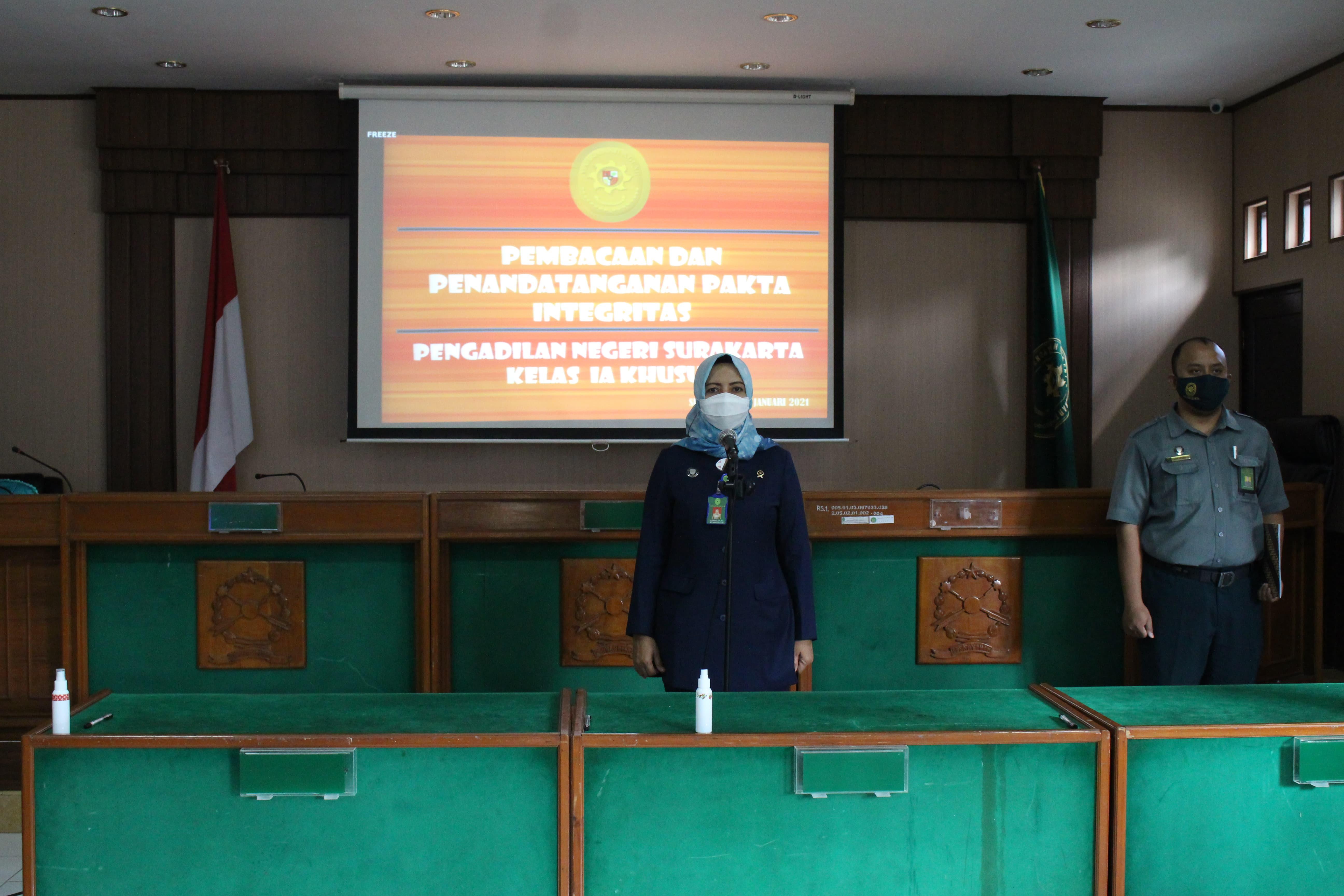 Pembacaan dan Penandatanganan Pakta Integritas  Pengadilan Negeri Surakarta Kelas IA Khusus