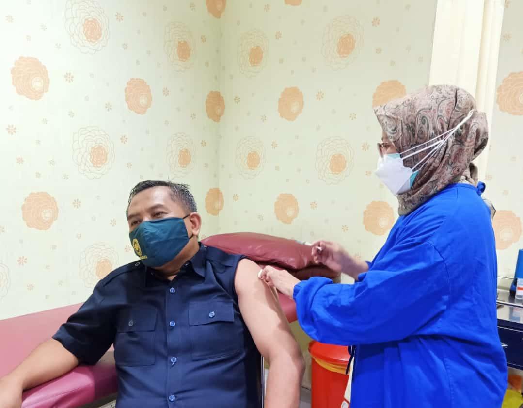 Pemberian Vaksin Covid-19 di Pengadilan Negeri Surakarta Kelas IA Khusus
