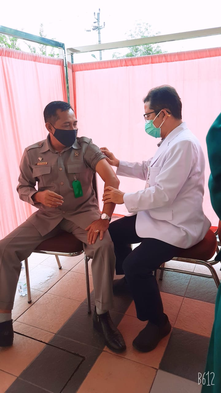 Pengadilan Negeri Surakarta menerima Vaksinasi Covid-19 Tahap Kedua
