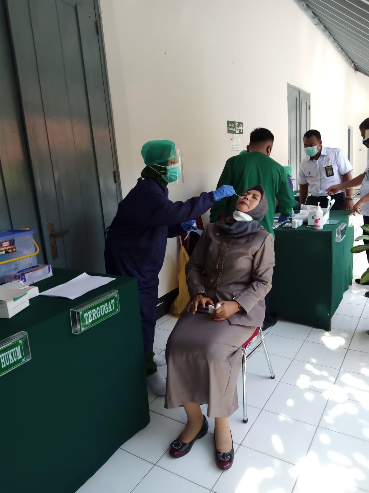 Rapid Swab Antigen di Pengadilan Negeri Surakarta Kelas IA Khusus